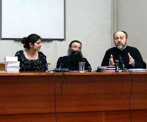 "Photo of Romania's Pro-Life Week 2014: Conference ""Biology and Personhood. Theological Perspectives on Adoption"""