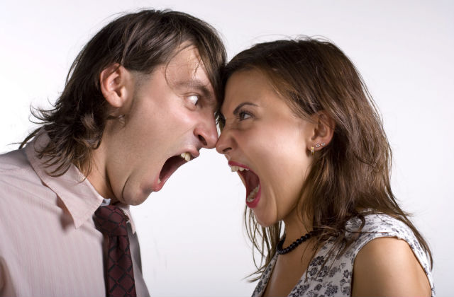 arguing_couple-slider
