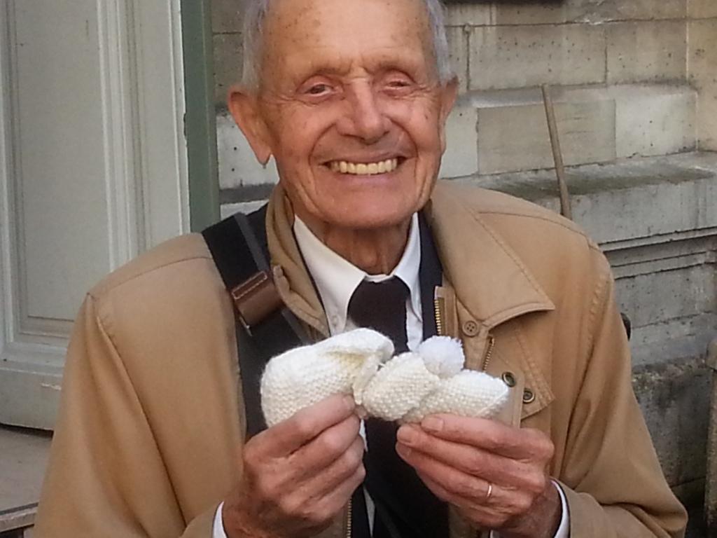 Photo of Un activist pro-viață din Franța, în vârstă de 84 de ani, a fost amendat cu 10.000 de euro