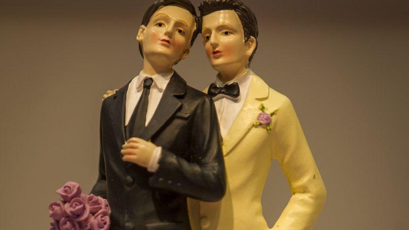 """Photo of Franța interzice obiecția pe motiv de conștiință în cazul """"căsătoriilor"""" homosexuale"""