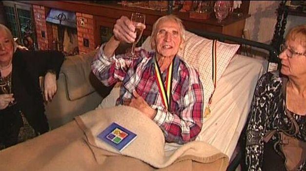 Photo of Petrecere cu șampanie cu ocazia eutanasiei unui belgian de 95 de ani