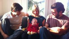 Photo of Bebeluș din Vancouver va avea trei părinți conform noii legi a familiei