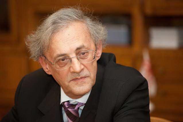 Photo of Medicul Vasile Astărăstoae a învins DNA: Fostul președinte al Colegiului Medicilor, achitat definitiv