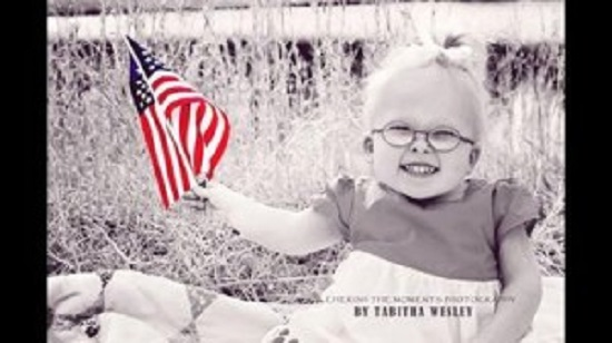 Photo of VIDEO: A refuzat de cinci ori avortul iar acum fetița ei este o prezență încântătoare pe Internet