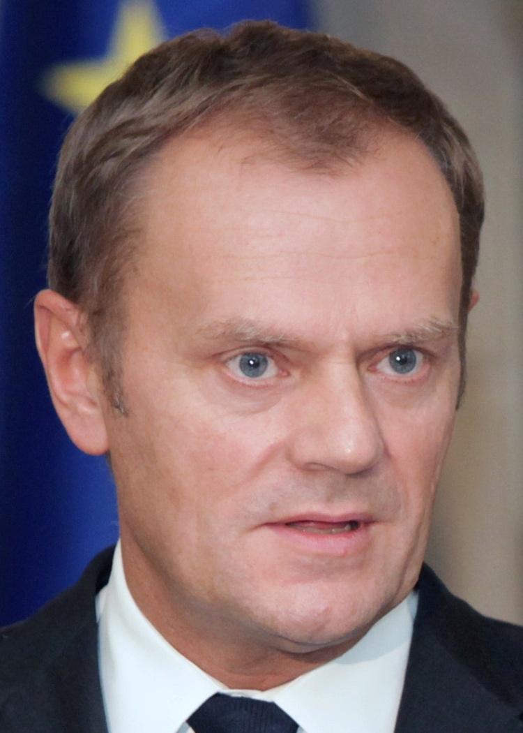 Photo of Prim-ministrul polonez le cere doctorilor să își ignore conștiința în cazul avorturilor