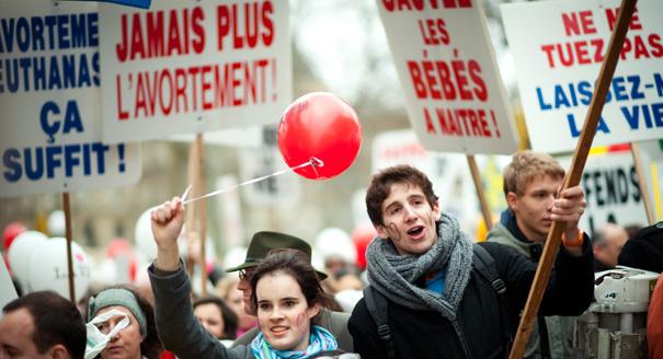 Photo of Grupurile anti-avort din Statele Unite inspiră mișcările pro-viață din Europa