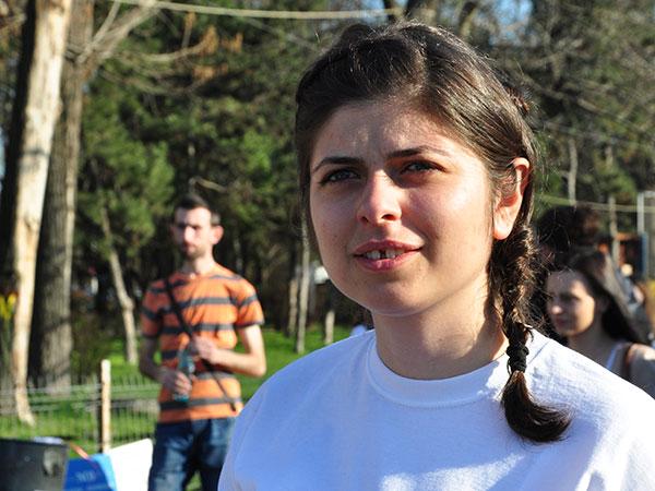 Photo of Studenți pentru viață au un stand la Iași, de Sfânta Parascheva. Interviu cu Alexandra Nadane, președinta asociației