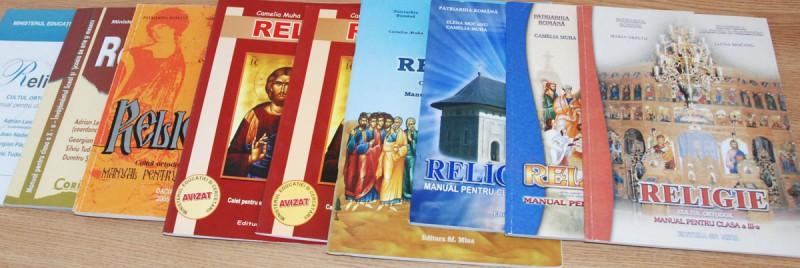 Photo of Comentarii deosebite la Petiția on line pentru prezența religiei în școală