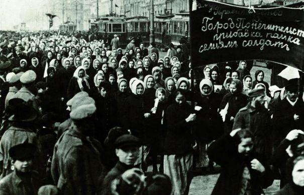 Photo of 8 martie 1917: Așa a început Revoluția Bolșevică. Ghioceii sunt pătați cu sânge