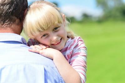 Photo of Persoanele care adoptă ar putea avea un concediu de trei luni de acomodare cu copilul