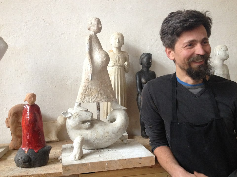 Photo of FOTO & VIDEO: Virgil Scripcariu, sculptor pro-viață