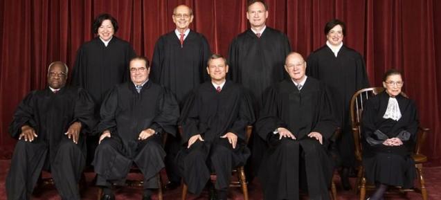 Photo of Judecătorul șef al Curții Supreme de Justiție a SUA: Decizia de a legaliza căsătoriile gay deschide calea pentru POLIGAMIE