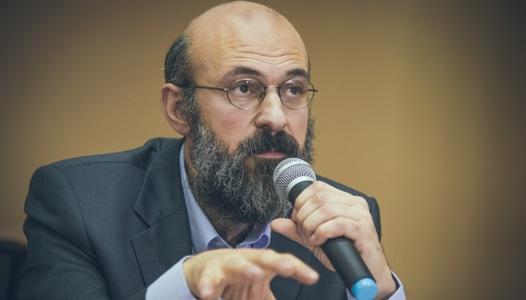 Photo of Dr. Virgiliu Gheorghe: Potrivit legilor CNA, toți suntem egali, dar homosexualii sunt mai egali decât majoritatea