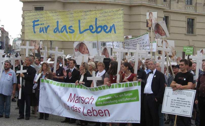 Photo of Contramanifestanții de extremă stângă au sabotat Marșul pentru Viață de la Berlin