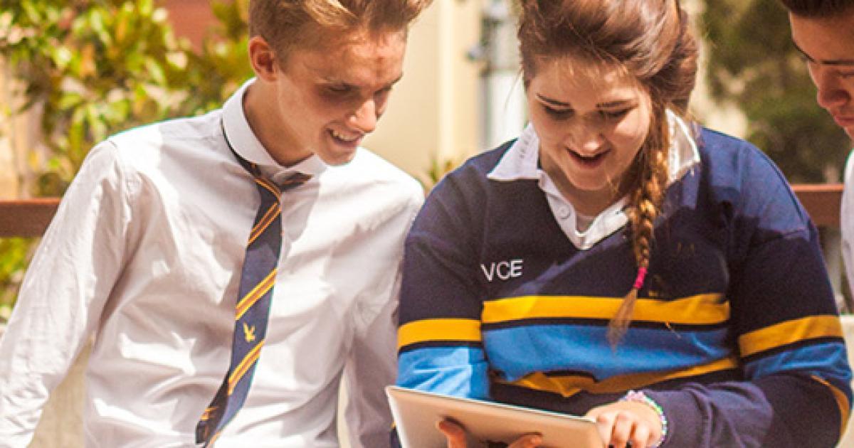 Photo of Din culisele campaniei școlilor sigure din Australia / Știu părinții cu adevărat ceea ce vor învăța copiii lor despre universul LGBT( comunitatea lesbiană, gay, bisexuală, transgender)?