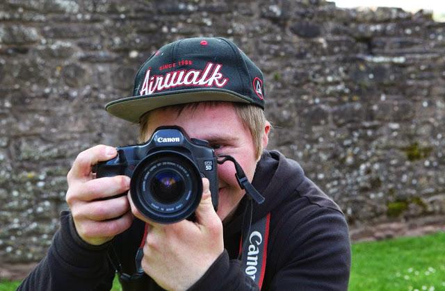 Photo of Fotograf adolescent cu sindrom Down câștiga premiul Positive Role Model