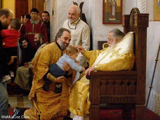 Photo of Patriarhul Ilia al II-lea al Bisericii Ortodoxe din Georgia a botezat 659 de copii