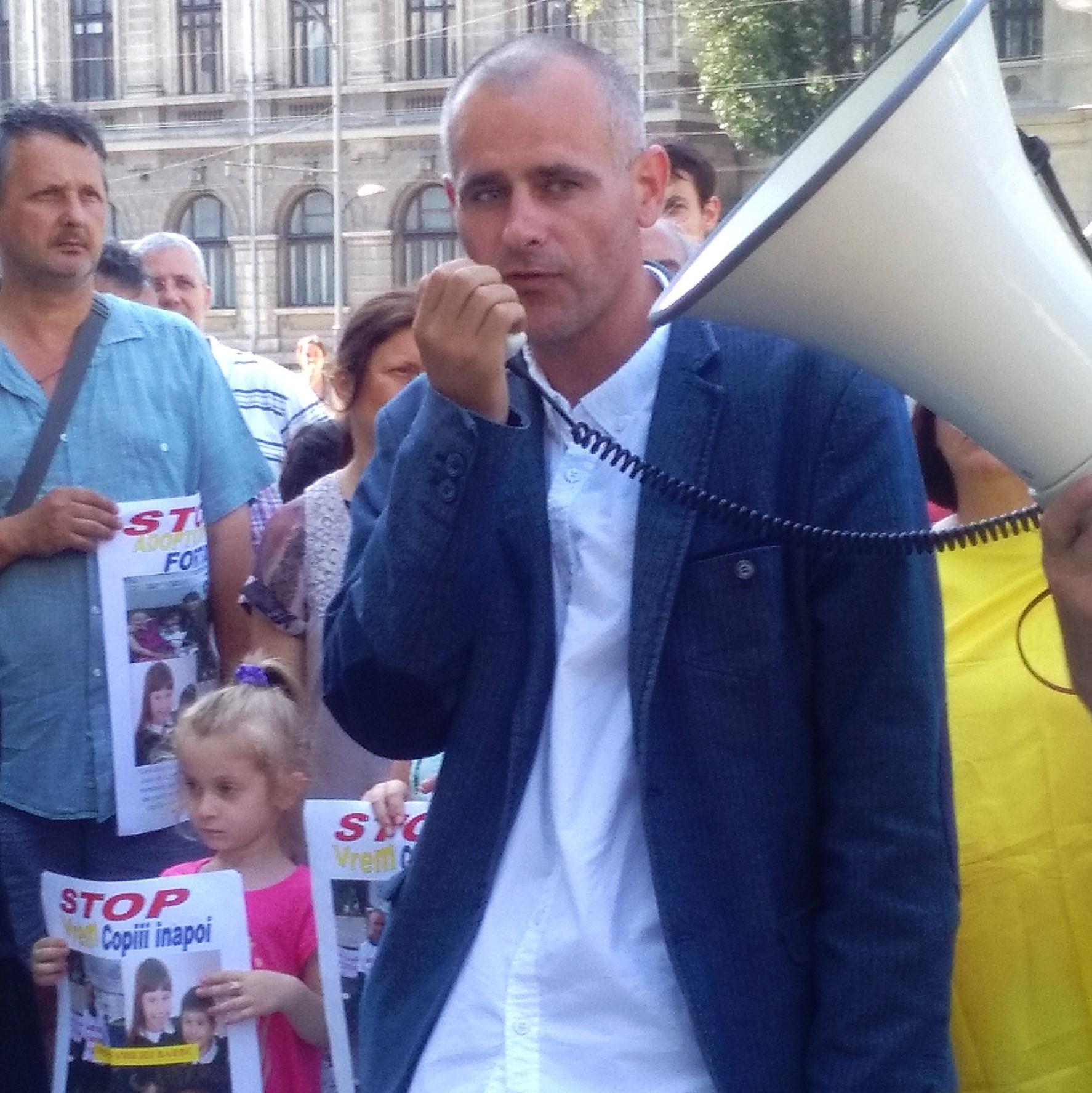 Photo of 26 iunie 2016: Miting de susținere pentru Florin Barbu la București