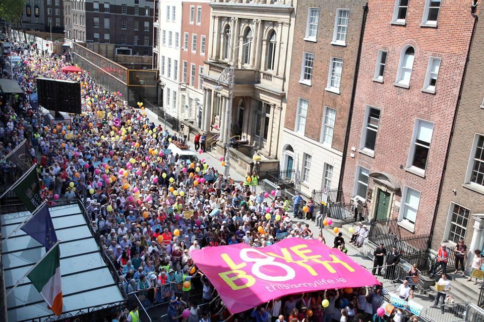 Photo of Dublin: Mii de persoane susțin păstrarea protecției constituționale a dreptului la viață