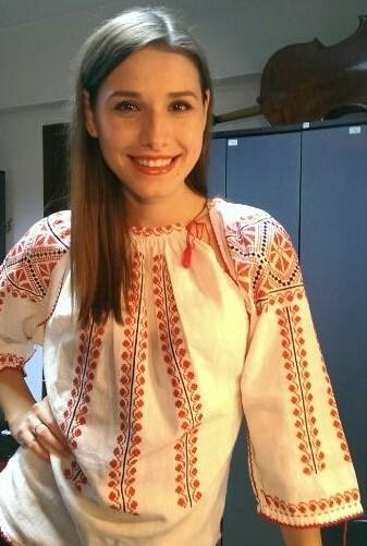 """Photo of Ioana Picoș: """"Coaliția pentru familie nu vrea să îngrădească un drept ipotetic, ci să consfințească o realitate. Să reafirmăm adevărul firii fără teamă de a ofensa. Nu există decât un singur tip de familie: familia naturală, leagănul adevăratei diversități"""""""