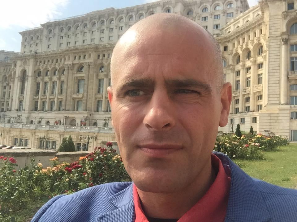 Photo of VIDEO. Procese inechitabile în tribunalele de familie britanice: Cum au ajuns copiii lui Florin Barbu, cetățeni români, să fie dați în adopție unui cuplu de homosexuali