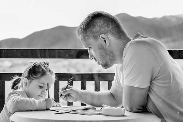 Photo of Studii: Divorțul, mai nociv ca moartea părintelui. Copiii care își pierd tatăl își pierd și ambiția de a reuși în viață