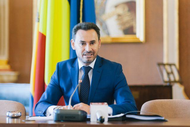 """Photo of Gheorghe Falcă, șef de campanie PNL: """"Vorbim de realități. Familia, cea care dă viață, e constituită din bărbat-femeie"""""""