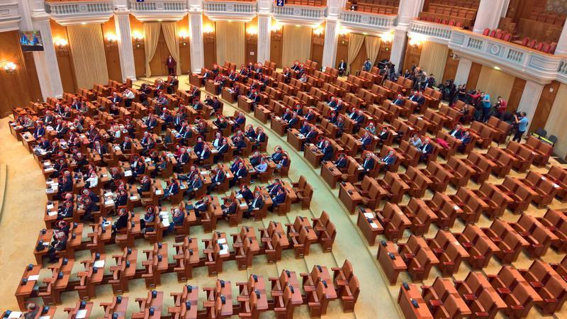 Photo of Inițiativa cetățenească de clarificare a noțiunii de căsătorie în Constituție, lăsată pe mâna următorului parlament