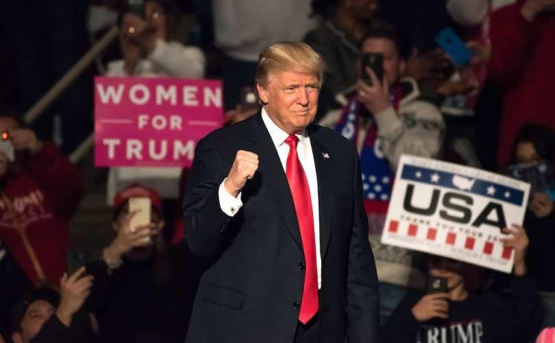 """Photo of Trump pe Twitter către Marșul pentru viață 2017 de la Washington, DC: """"Aveți deplina mea susținere!"""""""