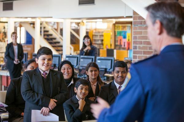 Photo of Guvernul statului australian New South Wales retrage din școli materialele educative bazate pe teoria genului