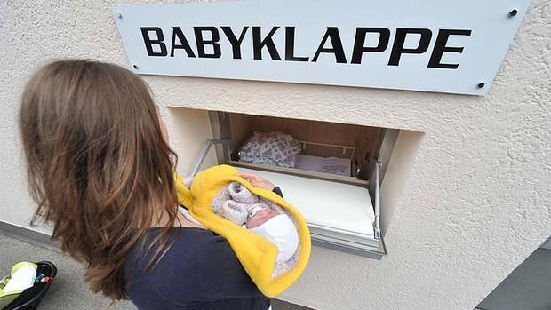 Photo of Leagănele vieții: Baby box, o soluție salvatoare de viață pentru copiii și mamele în dificultate
