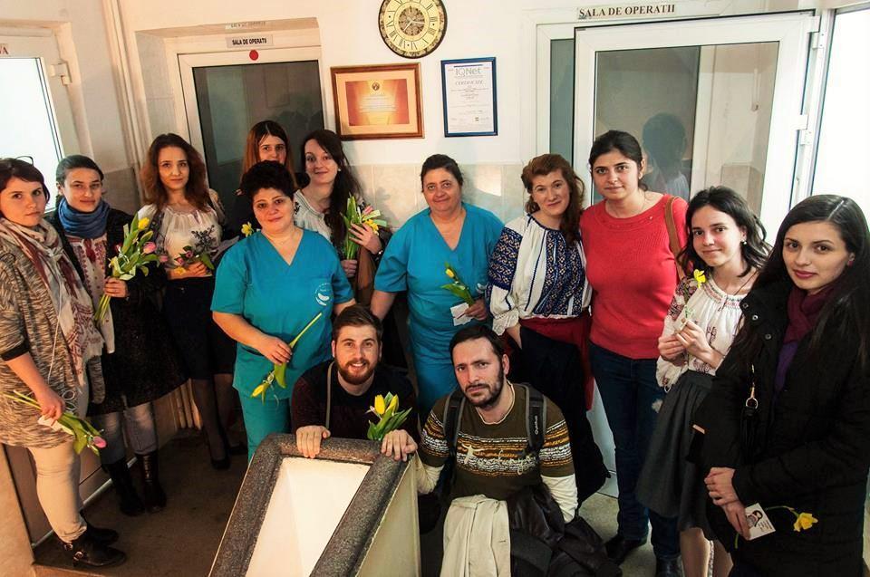 """Photo of Luna pentru viață la București: De 8 martie, """"Flori pentru mămici"""" la Maternitatea Bucur"""