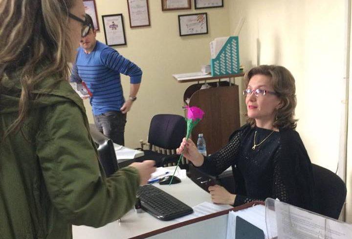 Photo of Luna pentru Viață 2017 la Iași: Flori și recunoștință pentru mame, de 8 martie