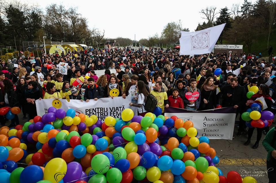 Photo of Comunicat de presă: Patriarhia Română îndeamnă credincioșii să participe la Marșul pentru Viață pe 25 martie 2017 în peste 285 de localități din România și Republica Moldova