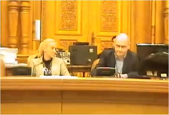 Photo of VIDEO. Asociația pro-homosexualitate ACCEPT le-a cerut deputaților să respingă referendumul pentru familie pe motive procedurale