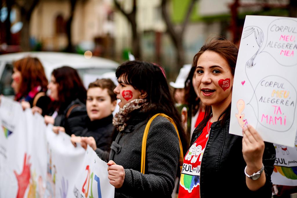 Photo of Comunicat de presă: Marșul pentru viață 2017: 110.000 de participanți în orașele românești
