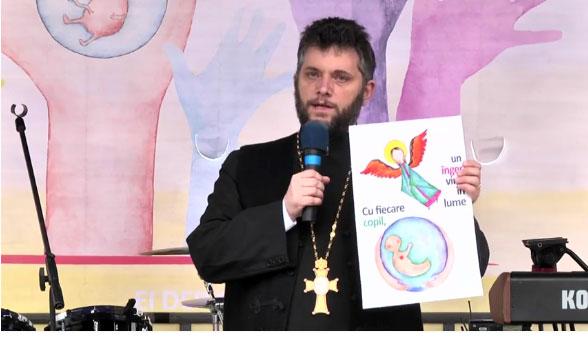 """Photo of VIDEO: Preot David Pestroiu, Marșul pentru viață 2017, București: """"Avem speranță! Suntem pentru viață!"""""""