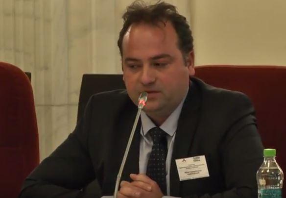 """Photo of VIDEO. Prof. Mihai Constantinescu: """"Sunt întrebat zilnic, de cei care și-au dat semnătura pentru această inițiativă cetățenească, ce se întâmplă cu referendumul"""""""