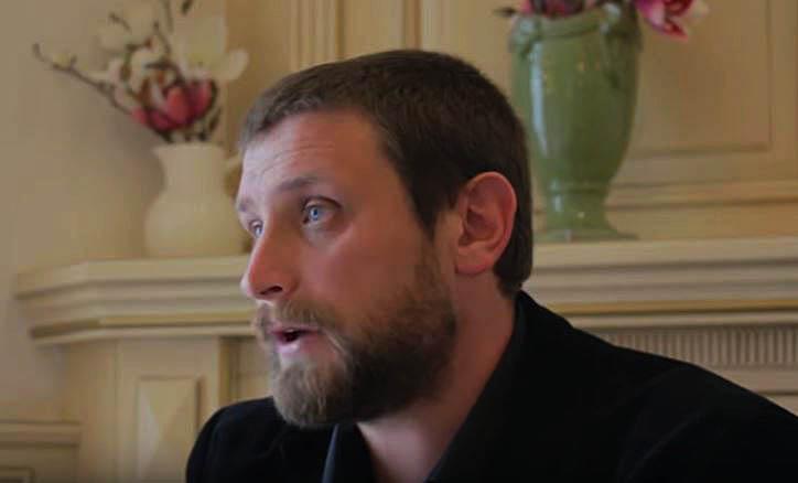Photo of VIDEO. DSP Suceava cere ridicarea licenței unui dentist sucevean pentru opinii antivaccinare. Medicul, amenințat cu moartea pe Youtube