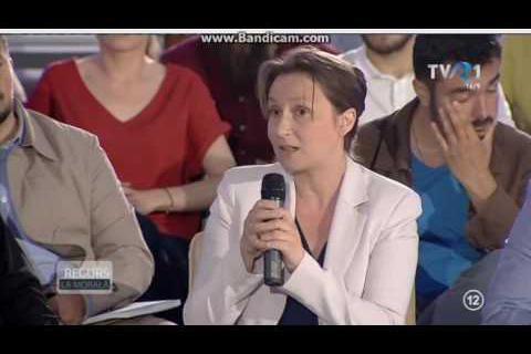 Photo of Av. Ana Săcrieru, Purtător de cuvânt al Coaliției pentru Familie: Scrisoare către cei ce denigrează Biserica