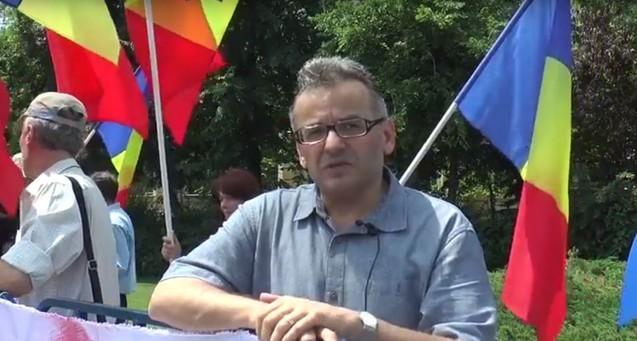 Photo of Președintele Coaliției pentru Familie spune că TVR 1 a încălcat orice normă deontologică, discutând inițiativa pentru referendum numai cu persoane care se pronunțau împotriva acesteia