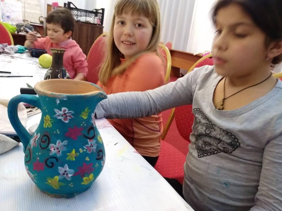 Photo of Ziua Porților Deschise la Școala Familiei: Pentru adulți ateliere de parenting, pentru copii ateliere de cercetășie, olărit, adventure și altele