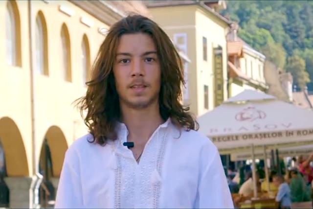 Photo of VIDEO. Tinerii din Brașov le transmit senatorilor să adopte legea de organizare a referendumului pentru căsătorie