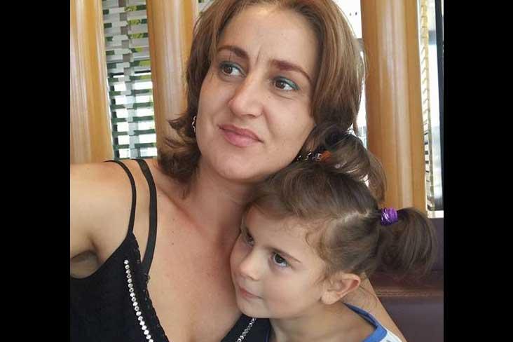 Photo of Atenție la depresia maternă! Tragedie la Torino: O româncă s-a sinucis după ce și-a ucis fiica în vârstă de 6 ani