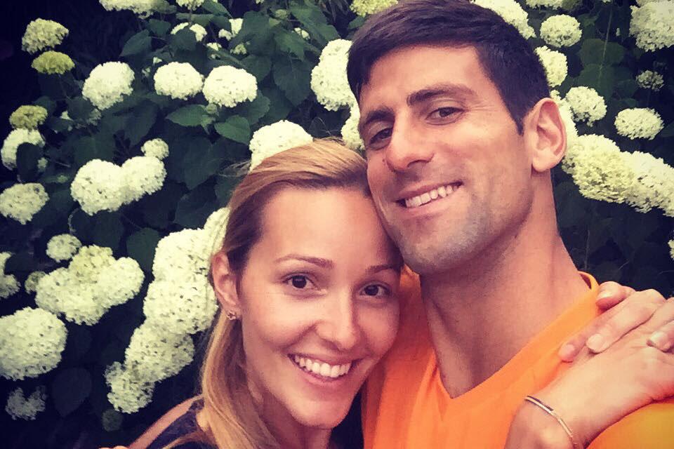 """Photo of Fetița tenismanului Novak Djokovic a împlinit o lună. """"Ce binecuvântare e șansa de a fi părinte! Viața e divină!"""" Într-un mesaj de pe Facebook, sportivul își exprimă admirația pentru femei ca născătoare de viață"""