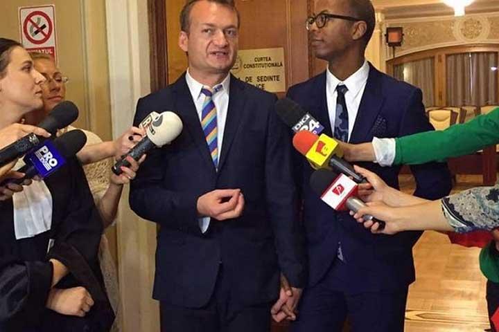 Photo of Cazul Coman-Hamilton: Are Curtea Europeană de Justiție competența de a redefini căsătoria pentru toate statele membre UE?
