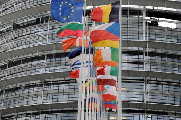 """Photo of Uniți în diversitate? Cazul Coman: Un test pentru UE. Se cere recunoașterea în România a """"căsătoriei"""" între doi bărbați oficiată în străinătate"""
