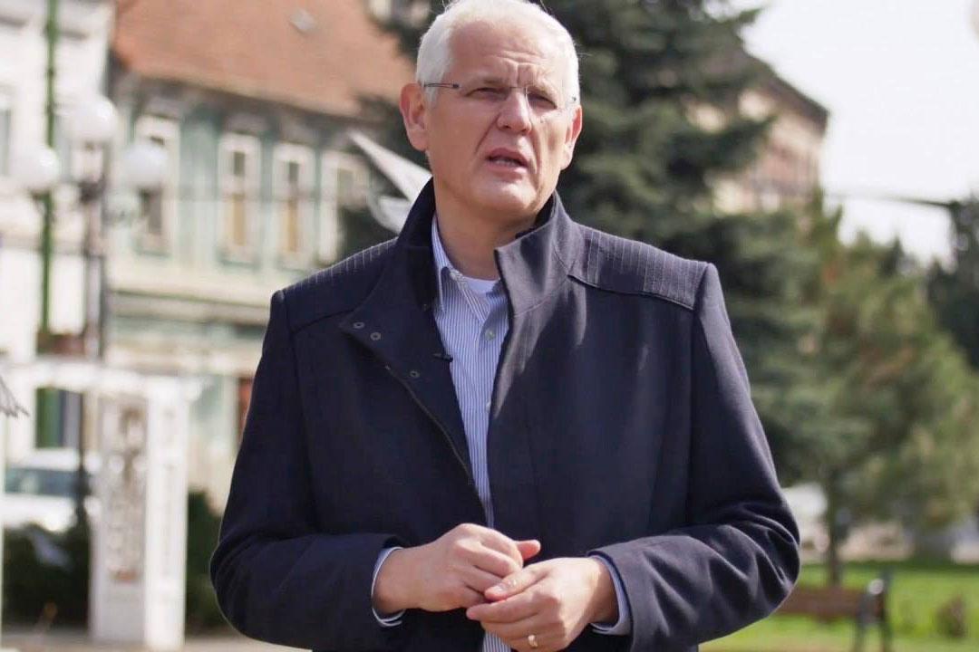 Photo of COMUNICAT. Uniunea Bisericilor Creștine Baptiste din România își reafirmă susținerea pentru familia naturală și cere organizarea referendumului pentru familie