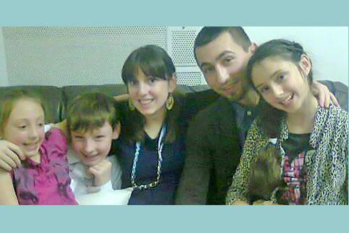 """Photo of Andreia Brădeanu, o veste bună: """"Ne lasă să ne vedem fiul"""", și una rea: """"Dacă fiica mea vrea să mă vadă, nu o lasă, fiindcă e la pământ emoțional"""""""