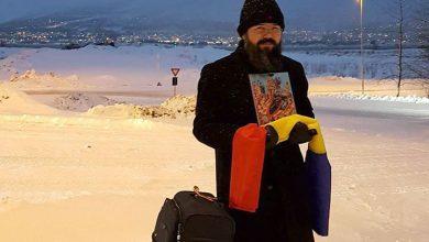 Photo of PS Macarie, Episcopul Europei de Nord, îi colindă pe românii de dincolo de Cercul Polar